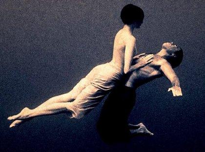 La sintonía del amor, ni se pide, ni se da: se expresa.