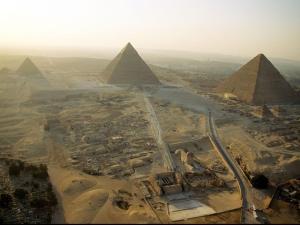 piramide2012